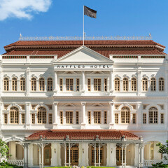 Raffles Hotel Singapore Takes its Legendary Guest Experience to the Next Level with Adyen